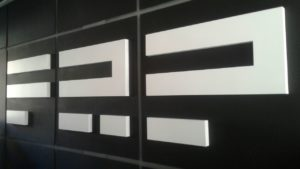 Объемные буквы в интерьере студии FRP