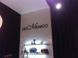 вывеска в интерьере магазина Domenico