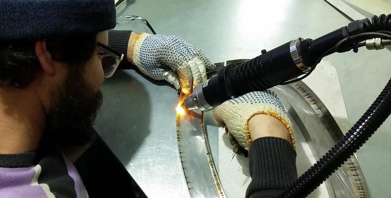изготовление букв из нержавеющей стали